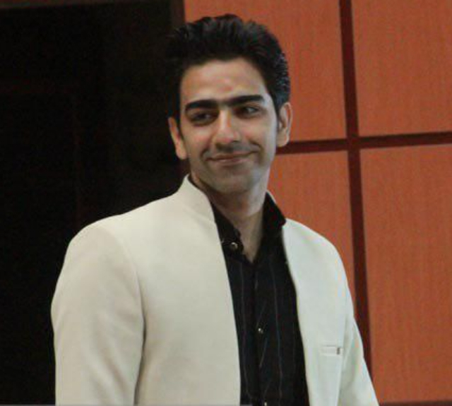 احمد فدایی مخترع سیستانی